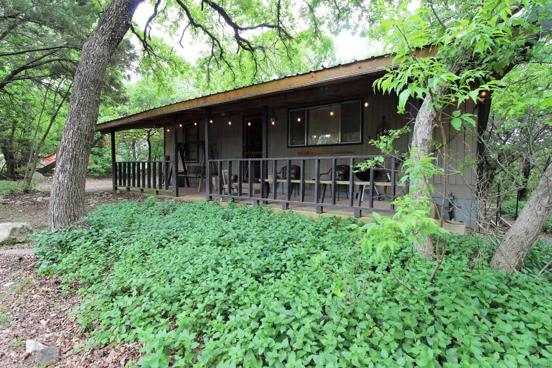 Texas Tin Roof Cabin On Lake Whitney
